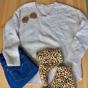 Michael Kors VNeck Oatmeal Sweater